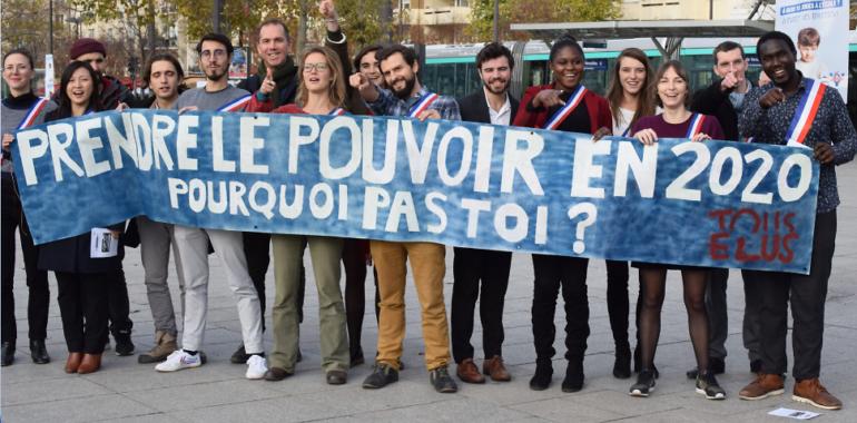 """30 jeunes du mouvement """"Tous Élus"""" s'invitent au Congrès des Maires !"""